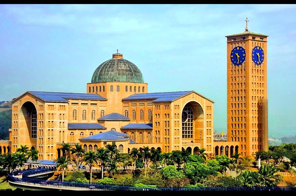 Santuário Nacional de Nossa Senhora Aparecida