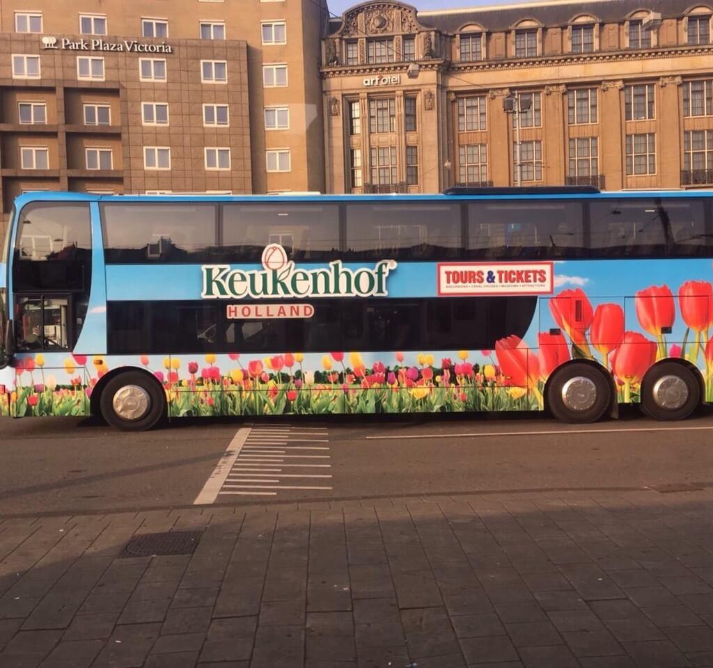 O ônibus especial para keukenhof
